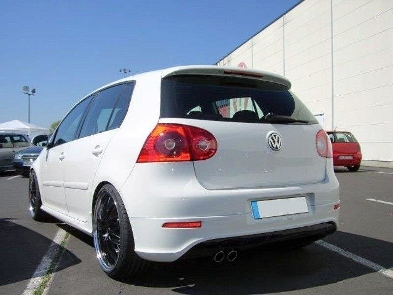 REAR VALANCE VW GOLF V R32 (with 1 exhaust hole, for GTI exhaust)