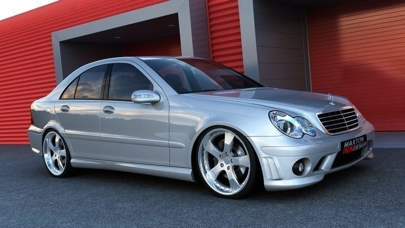 BODY KIT MERCEDES C W203 < AMG 204 LOOK>